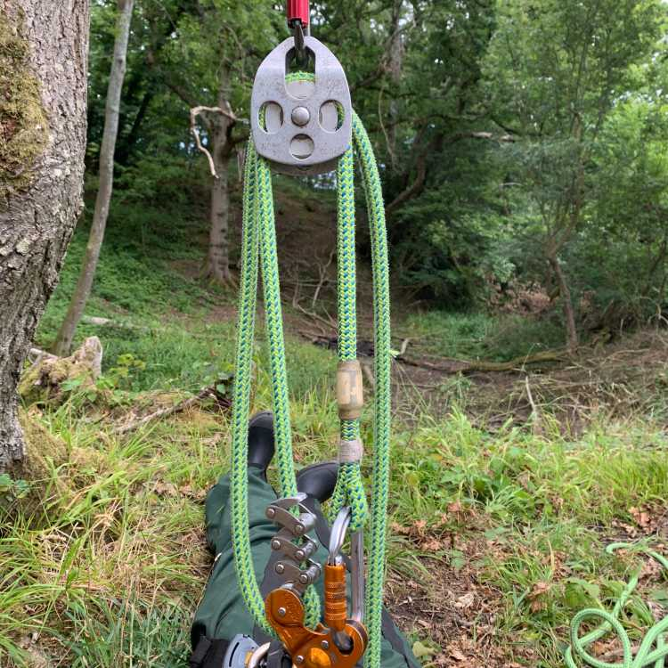 belay system for 'Ruth Lee'