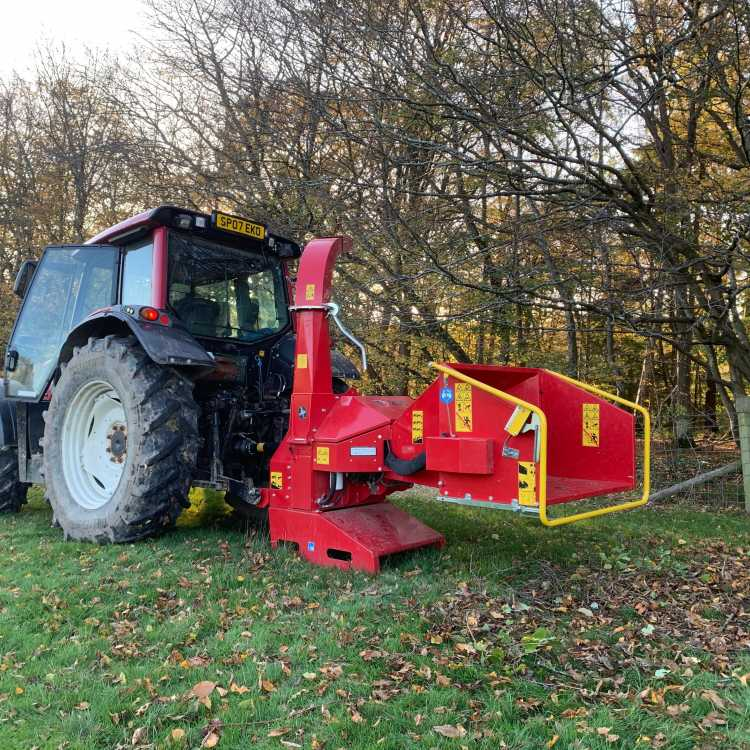 TP200 tractor mounted chipper