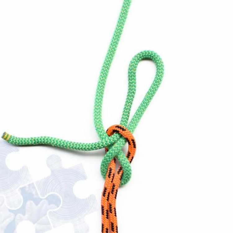 Final step on how to tie a Quick Hitch Knot